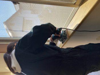 【女子大生DIYで窓枠塗装】