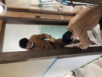 【アルミ浴室折戸を取付】