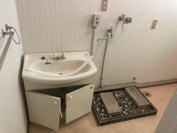 【浴室給水配管から水漏れ修理】